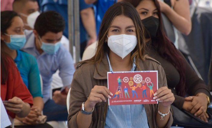 Egresados de Jóvenes Construyendo el Futuro podrán tener créditos de hasta 350 mil pesos