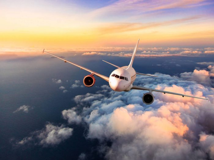 """El Aeropuerto Internacional de la CDMX canceló vuelos a seis destinos por huracán """"Grace"""""""