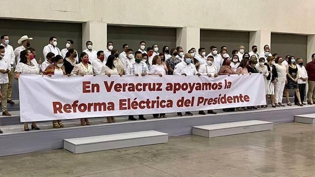 Rocío Nahle asegura que reforma eléctrica de AMLO es respaldada en Veracruz
