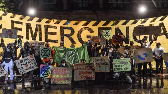 Refinería Dos Bocas está destruyendo Tabasco: Jóvenes por Nuestro Futuro